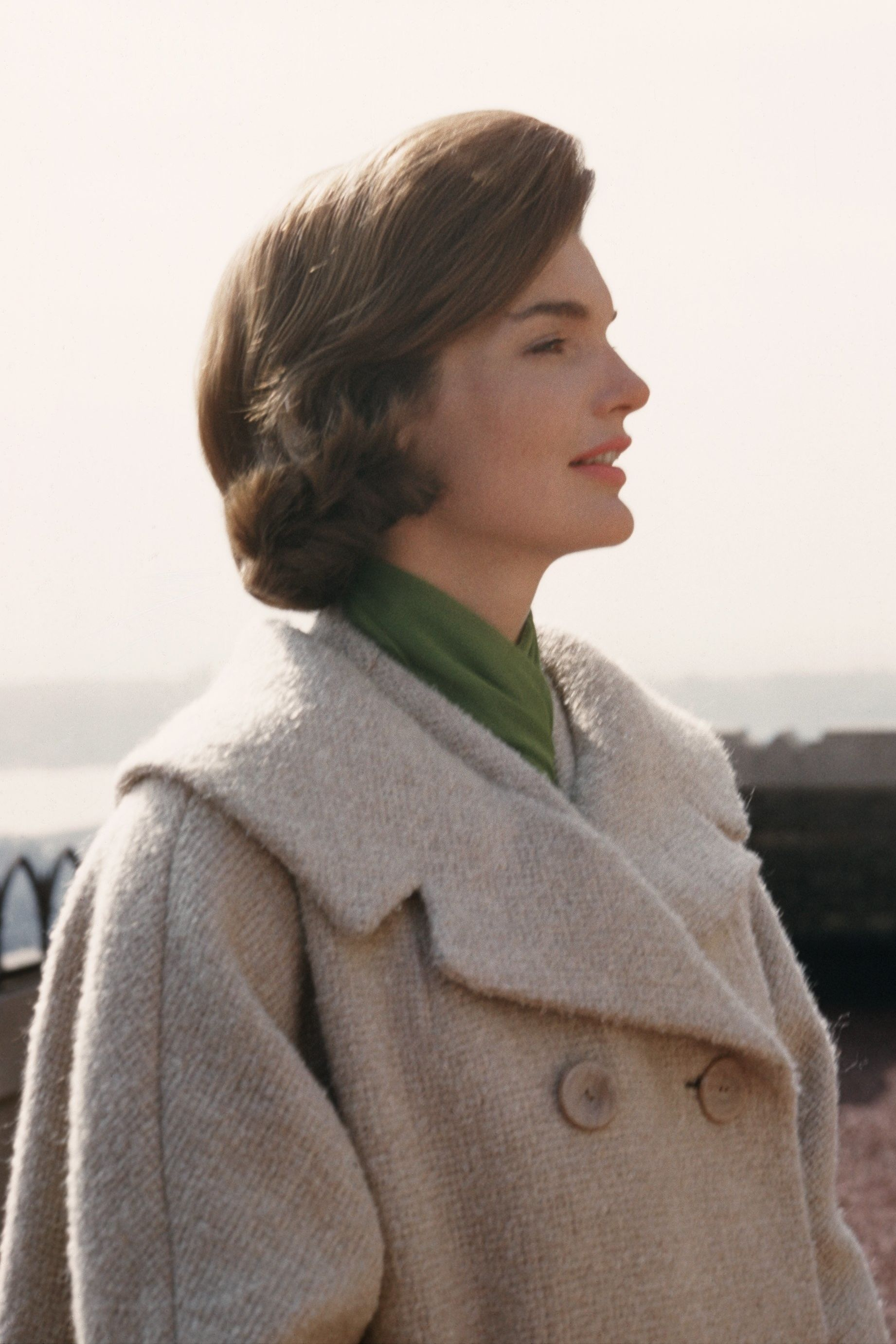 WATCH: 8 Beauty Lessons We Learned From Jackie Kennedy
