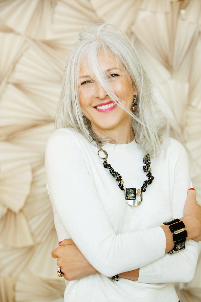 The Trick to Going Gray Gracefully