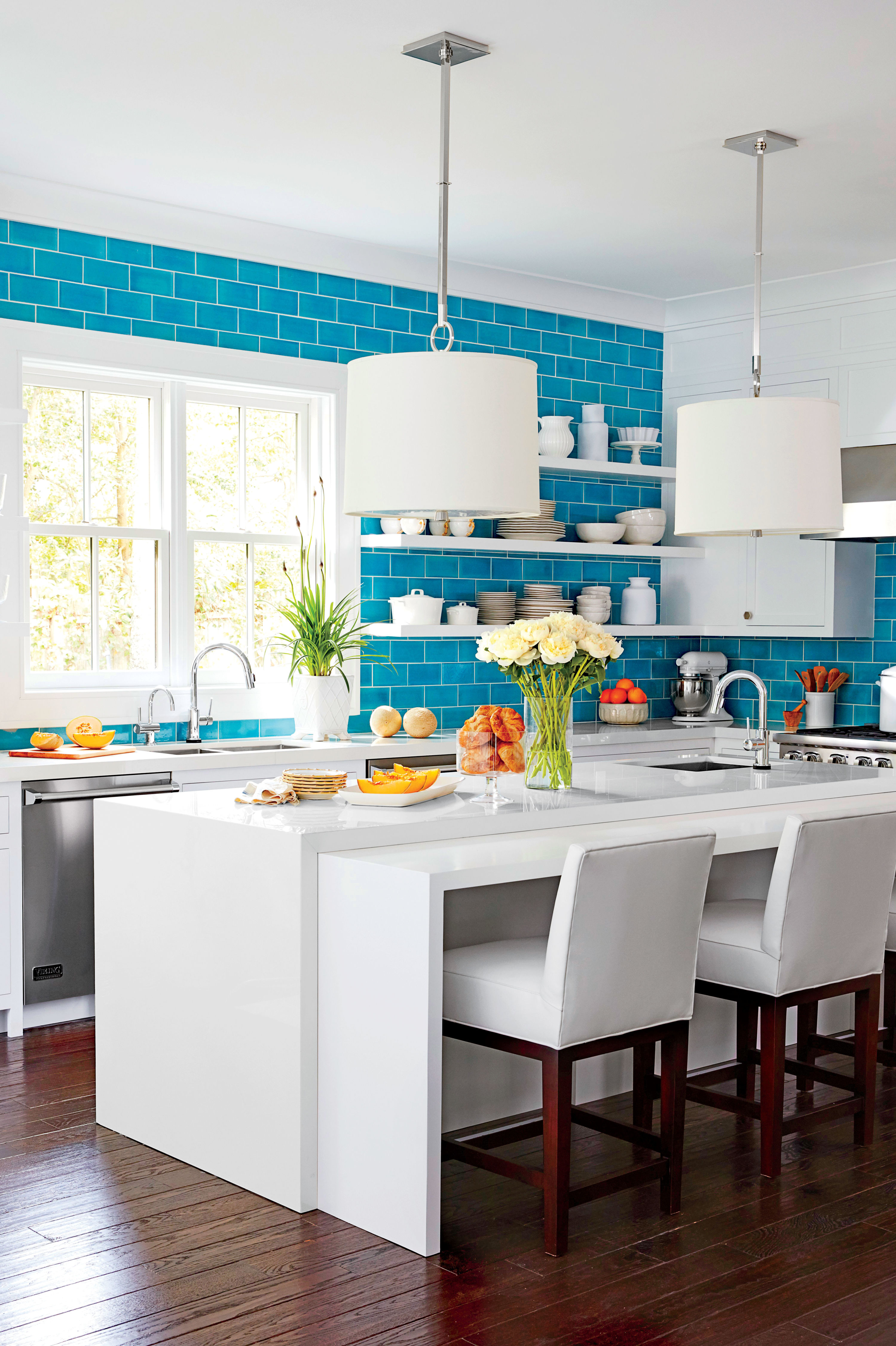 What Everyone Should Know About The All-White Kitchen