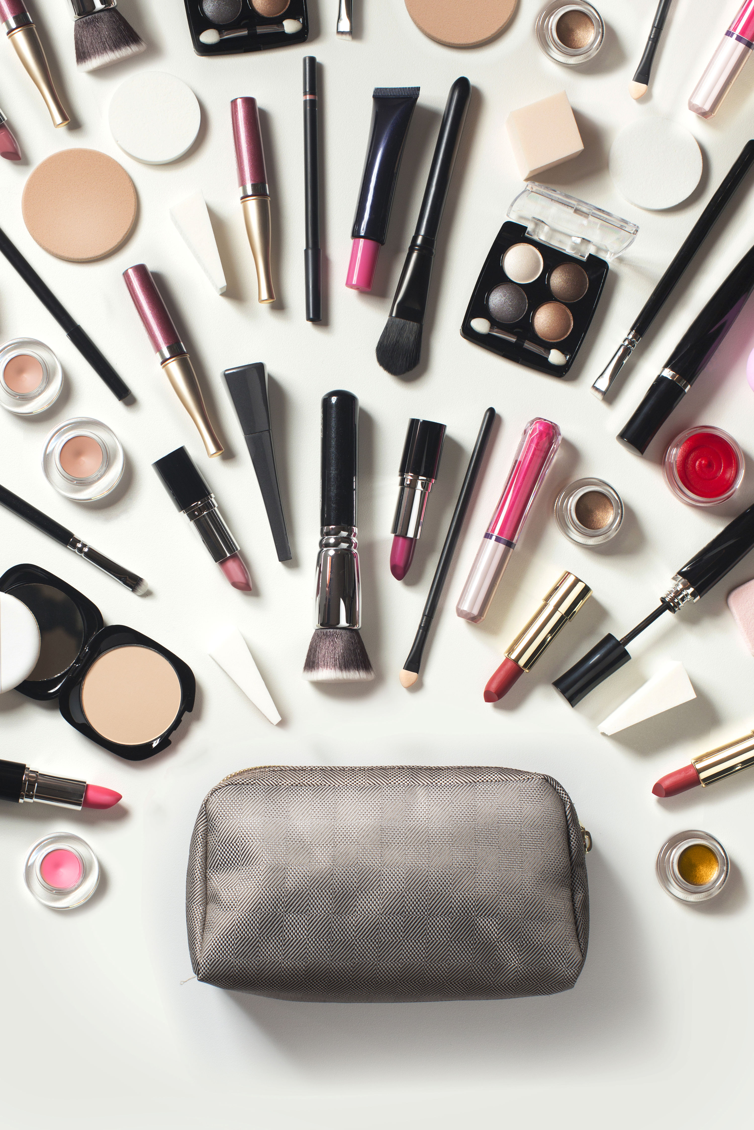 A Guide to Makeup Expiration Dates