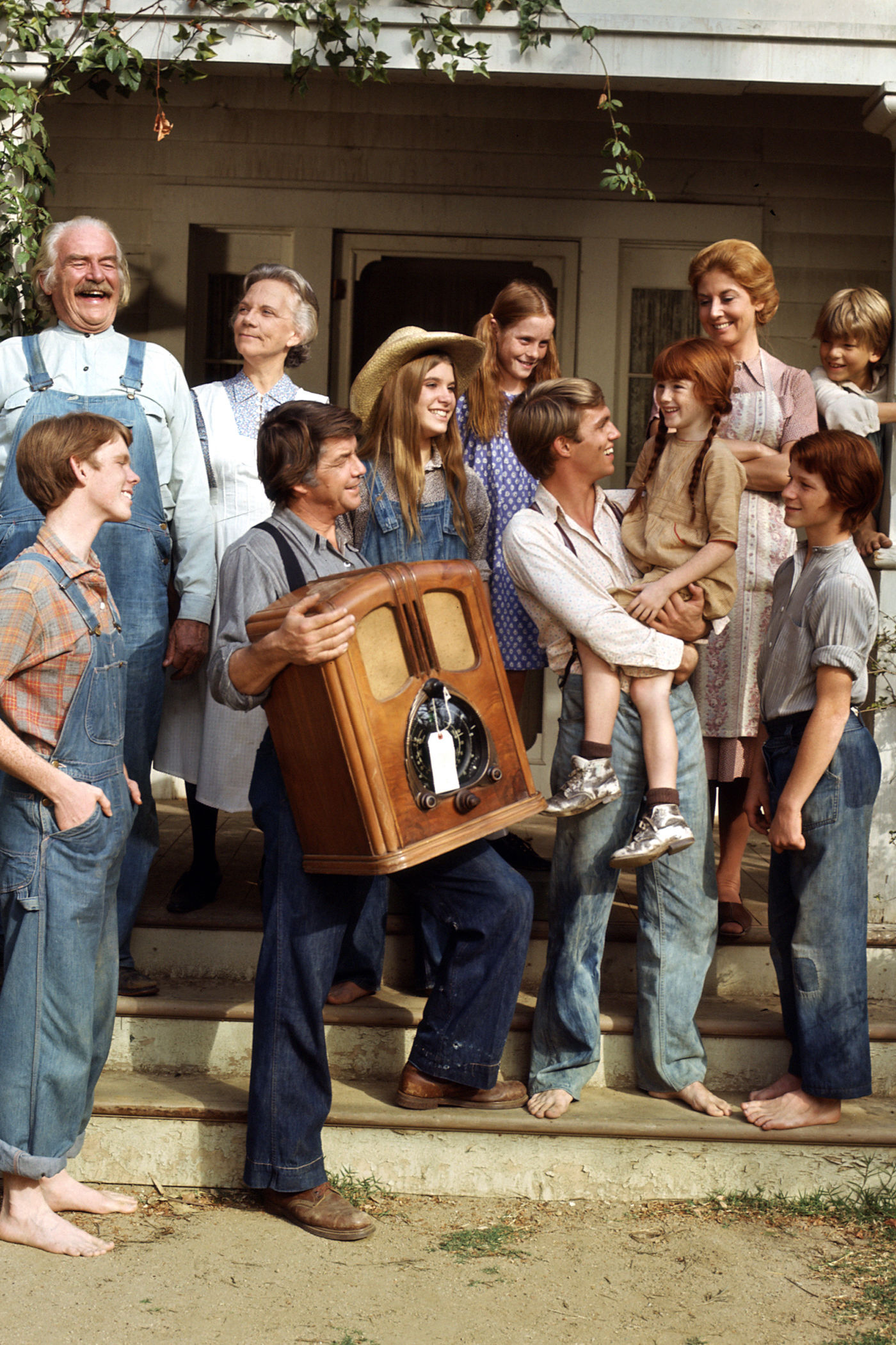 You Can Stream All 9 Seasons of 'The Waltons' on Amazon Prime Now
