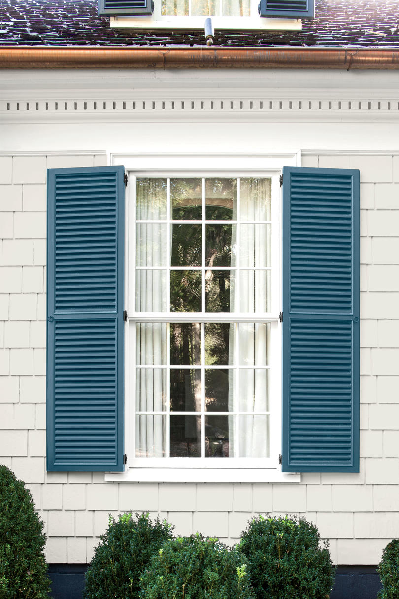 Favorite shutter siding paint color combinations for Coastal living exterior paint colors