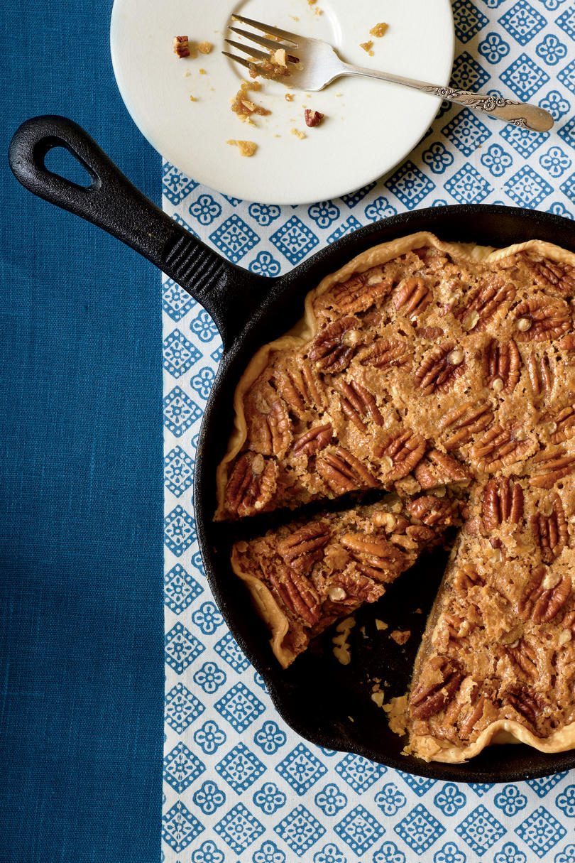 Utterly Deadly Southern Pecan Pie