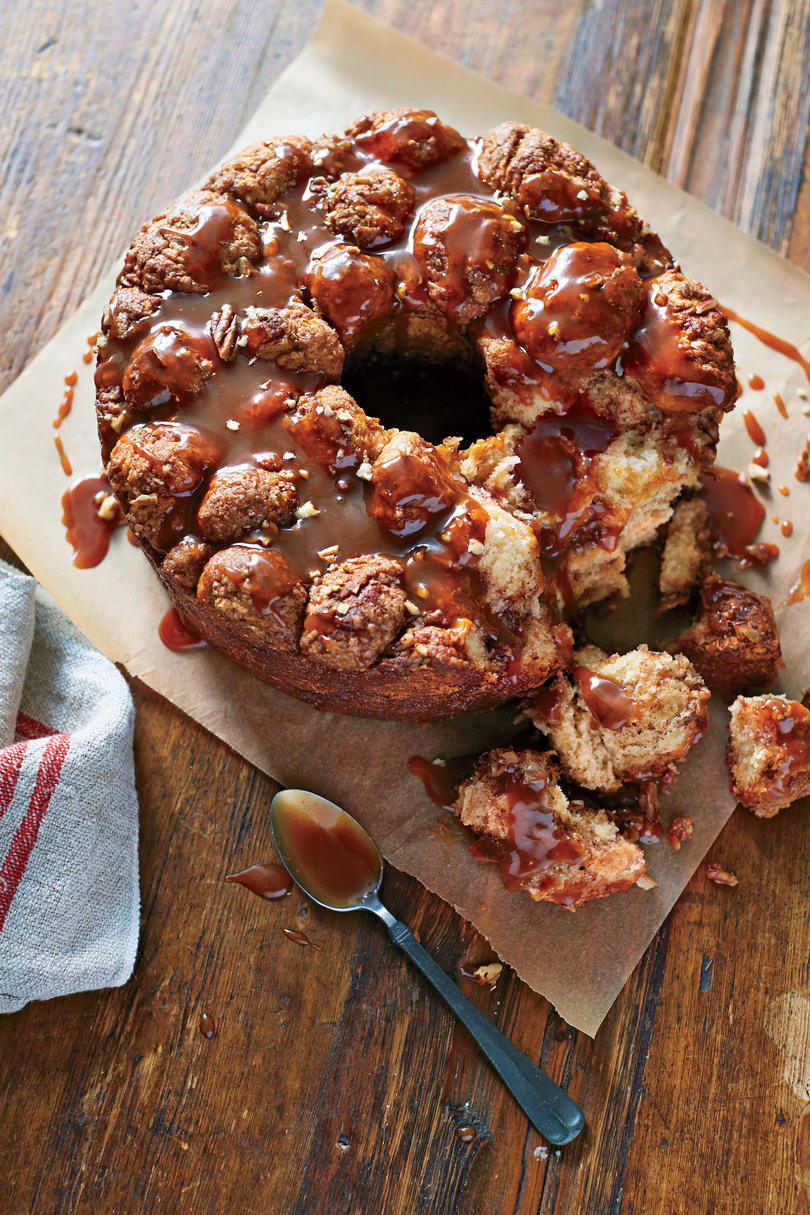 Caramel-Glazed Monkey Bread