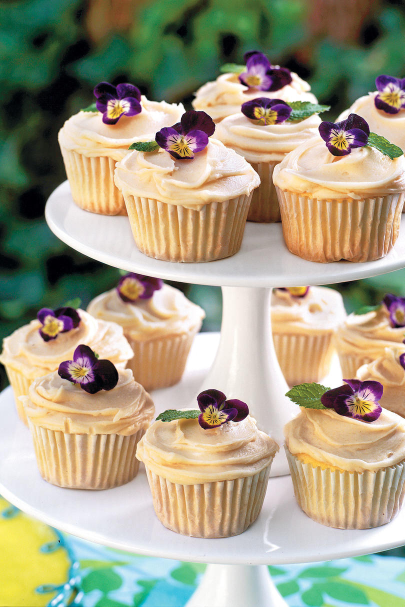 Old Fashioned Caramel Cupcakes
