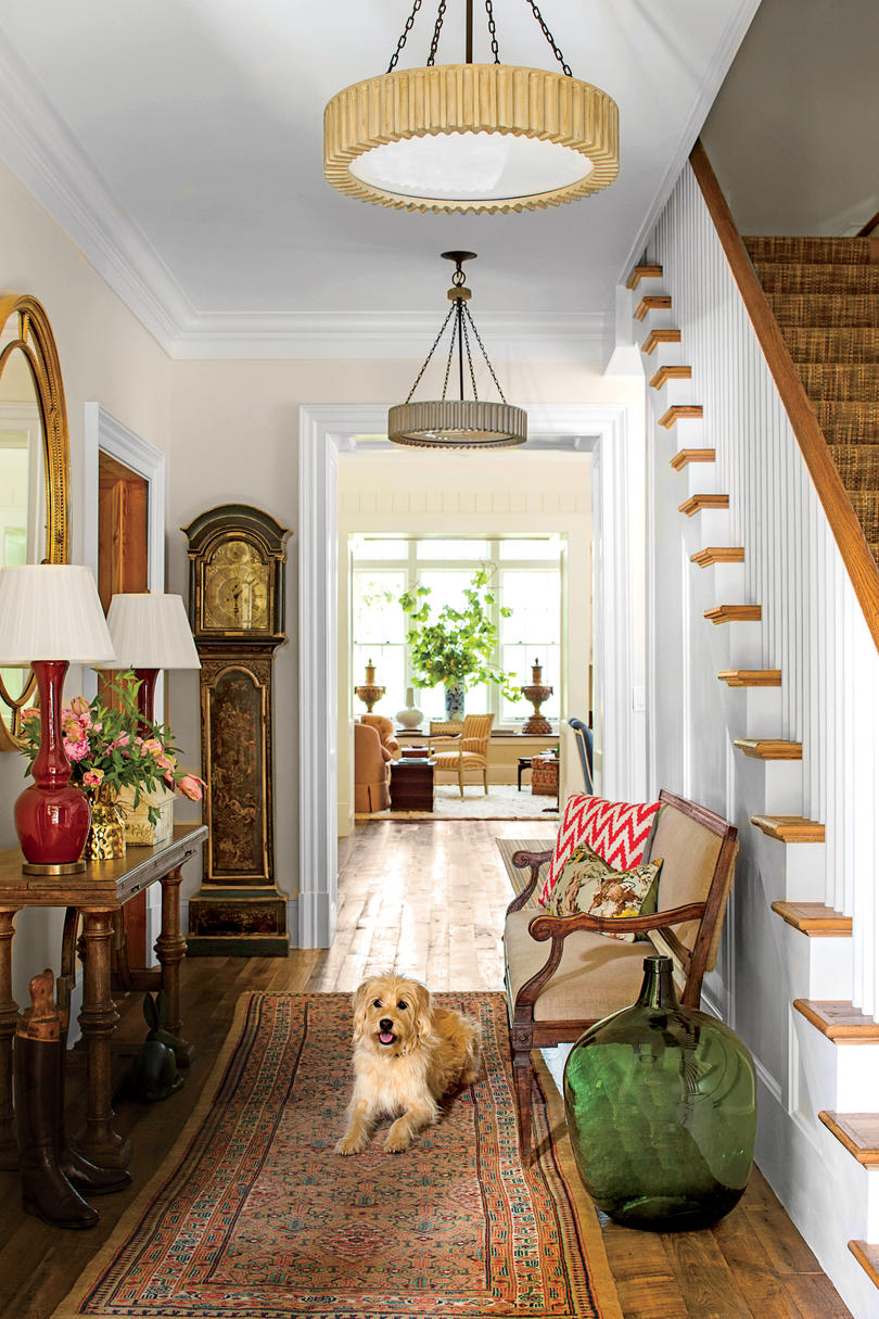 Charming Entry Way Decorating
