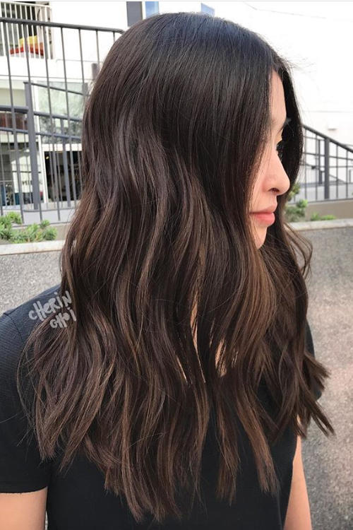 Brunette hair with lowlights