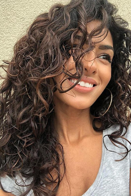 14 Must Try Hairstyles For Long Curly Hair