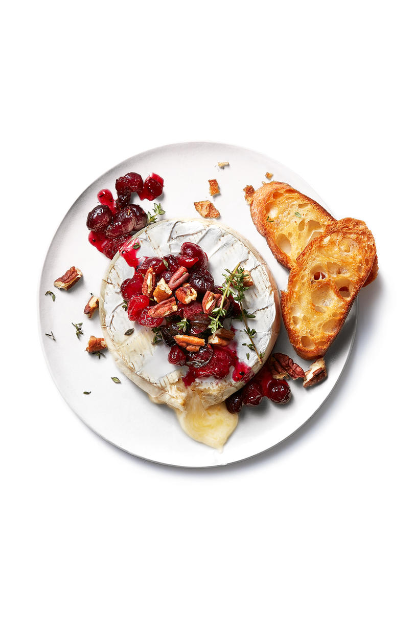 Baked Brie With Cranberry Compote and Pecans