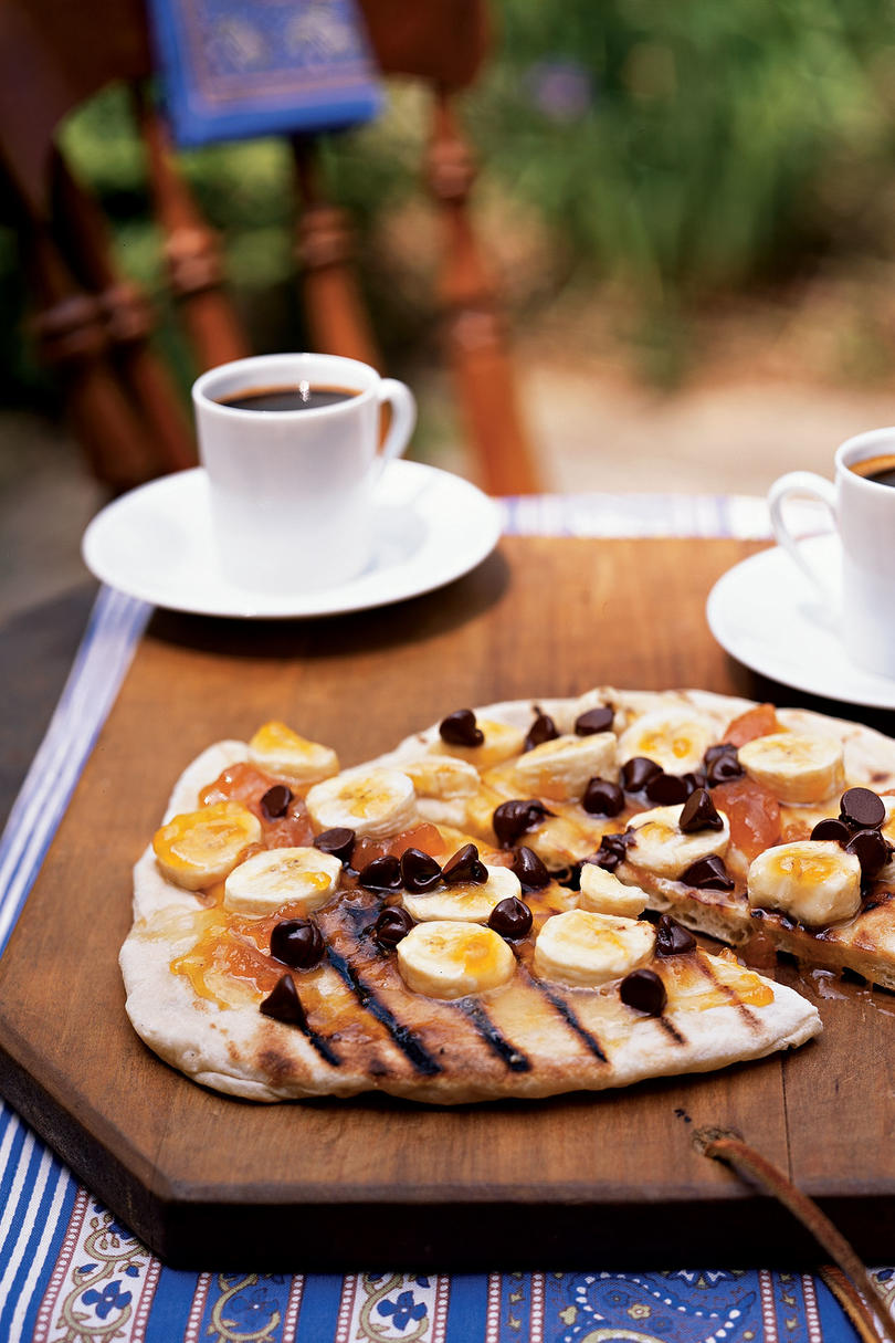 Chocolate Pizza with Apricot Preserves and Bananas
