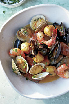 Sheet Pan Clambake with Clams, Shrimp, and Chorizo