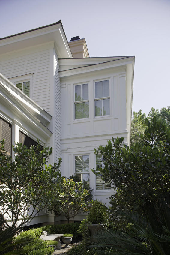 Curb appeal from every corner