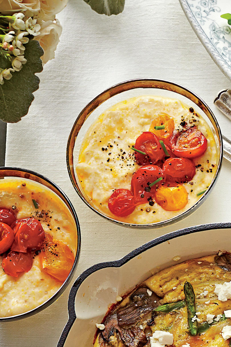 Cheese Grits and Roasted Tomatoes