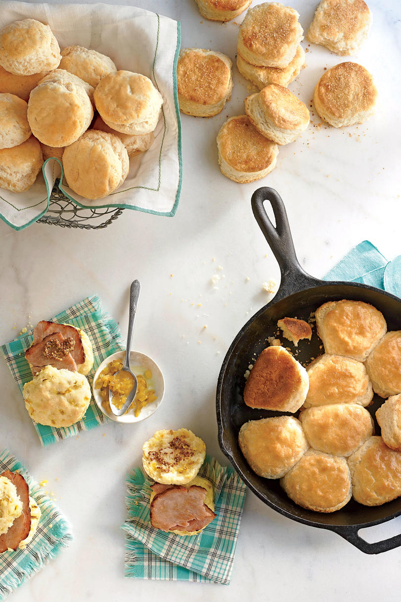 Pillowy Dinner Rolls
