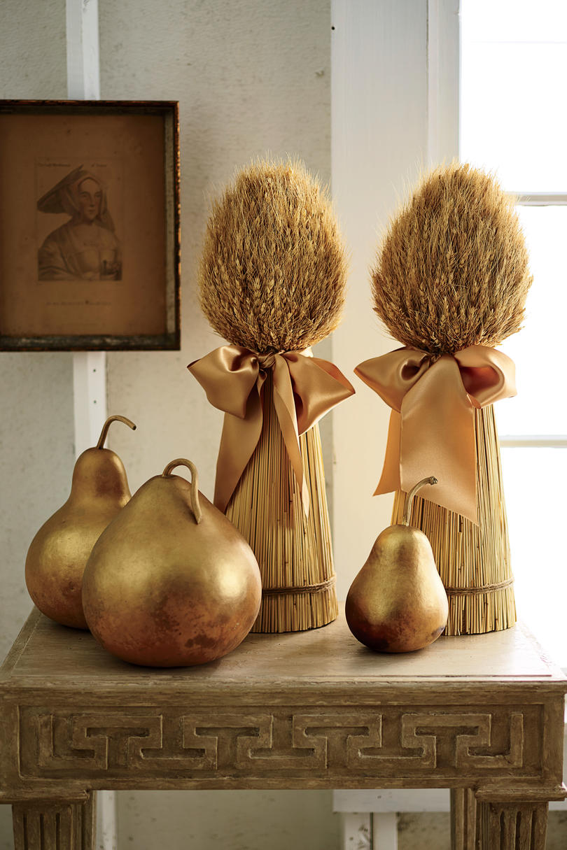 Go for Gold Thanksgiving Decorations