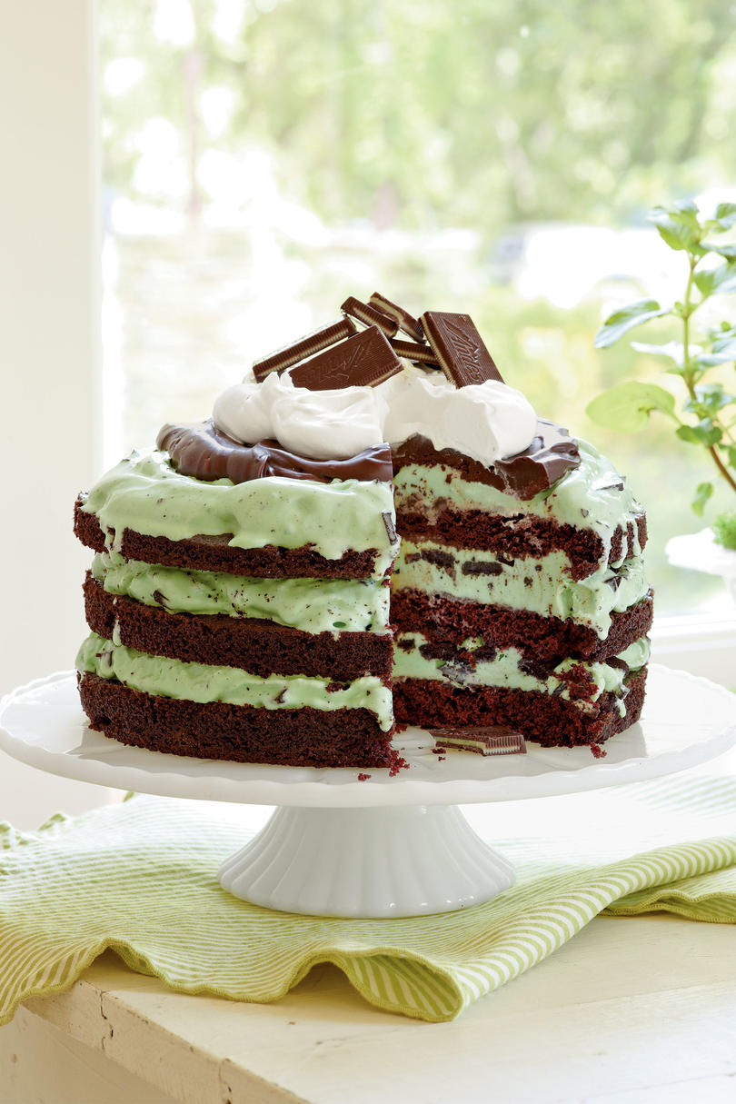 Cream heart cake says i love you in a hundred different ways - Mint Chocolate Chip Ice Cream Cake
