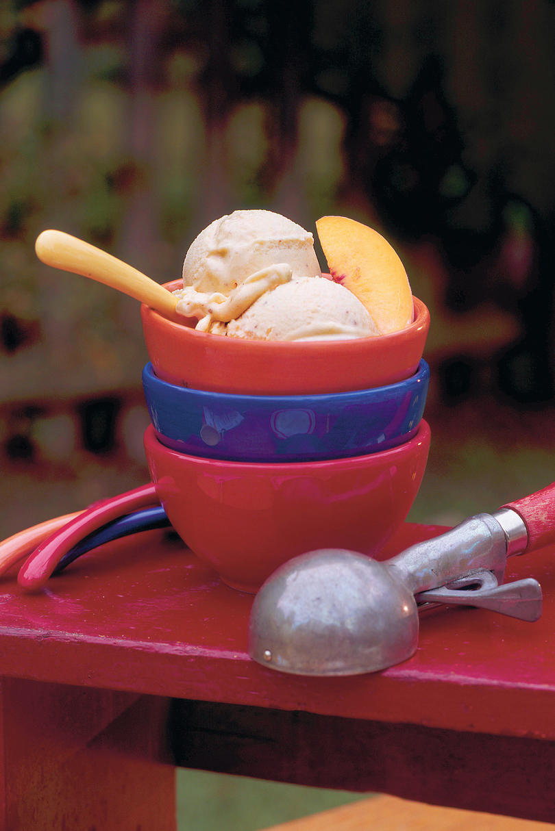 Peach-Cinnamon Ice Cream