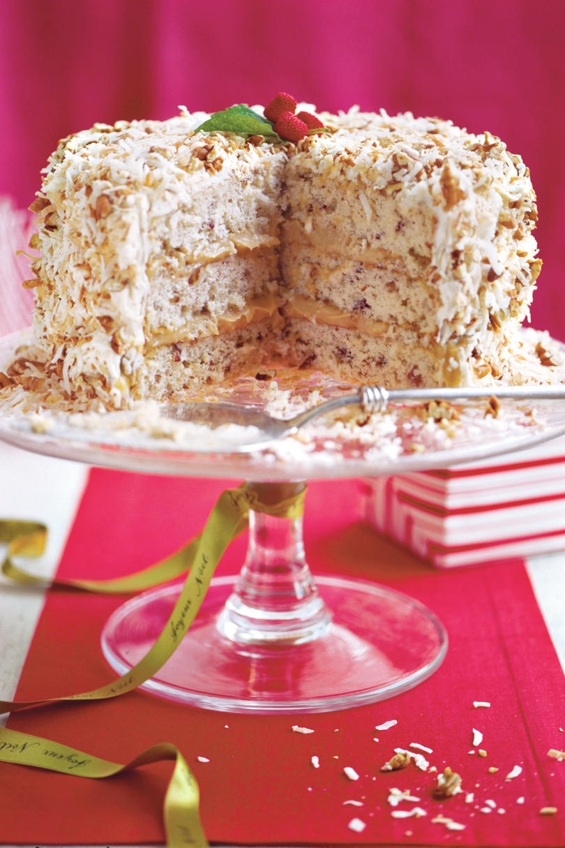 Christmas Dessert Recipes: Caramel Cream Cake