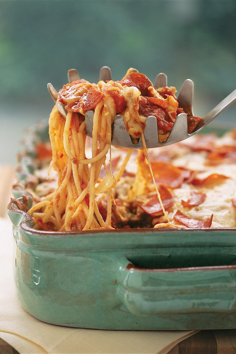 Easy Pasta Recipes: Pizza Spaghetti Casserole