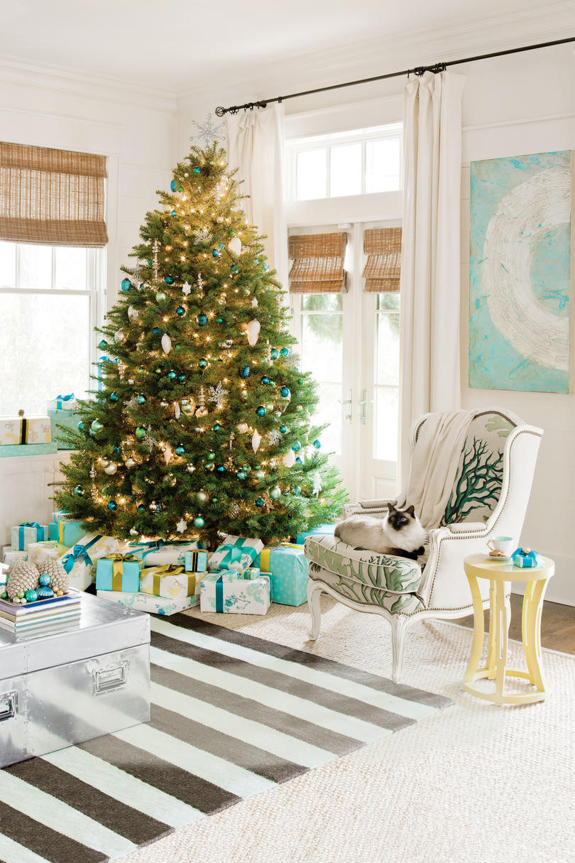 Green and Blue Coastal Christmas Tree