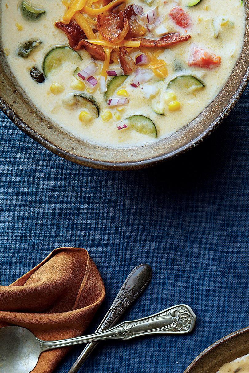 Corn-and-Zucchini Queso Chowder