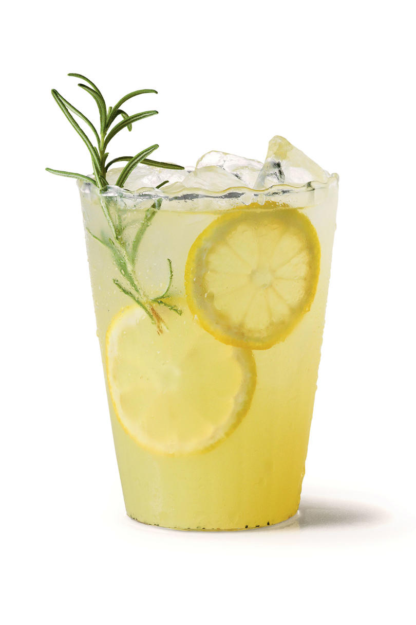 Refreshing teas and non alcoholic drinks southern living for Mixed drinks with green tea