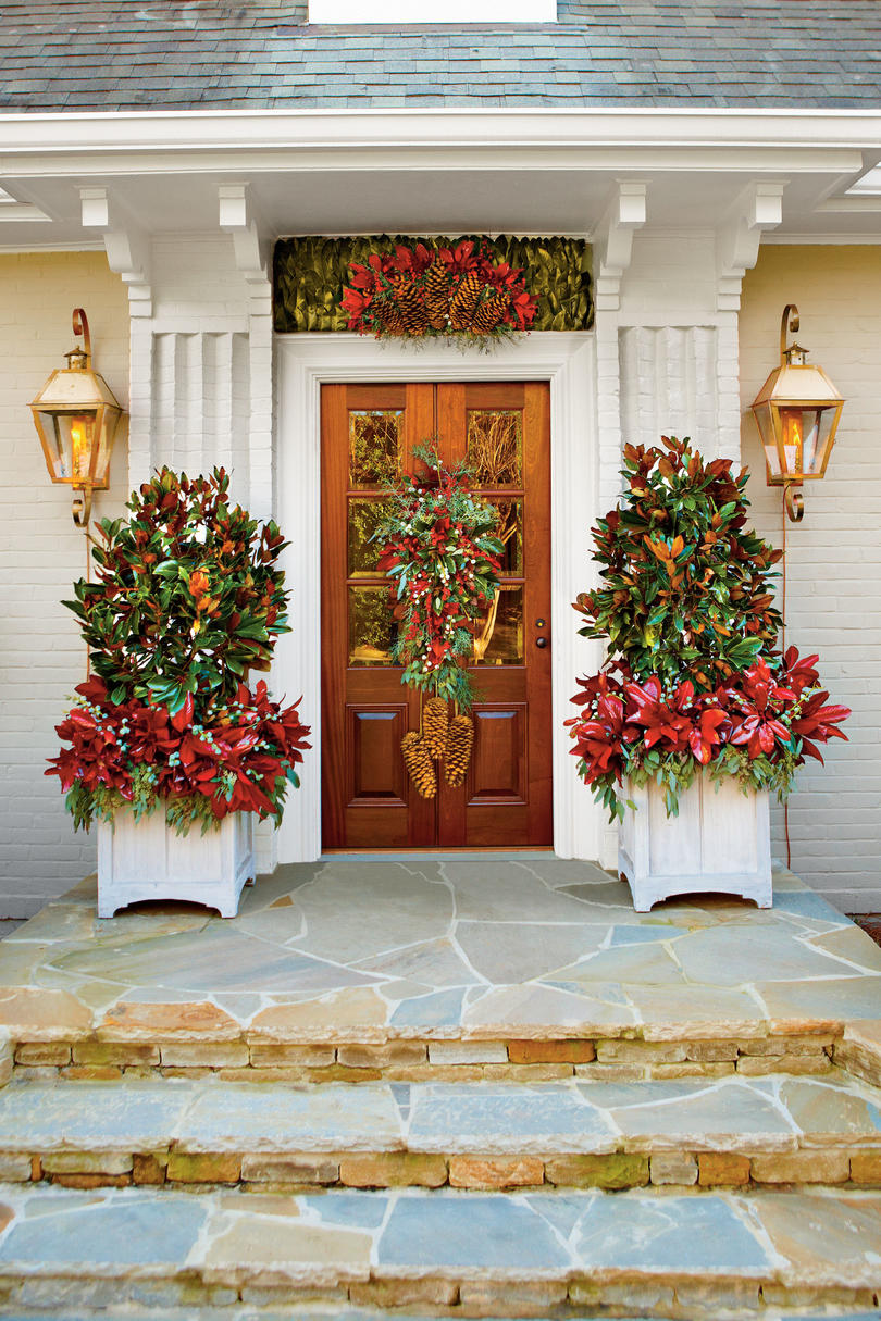 cheer up your entry way - Christmas Decoration Ideas
