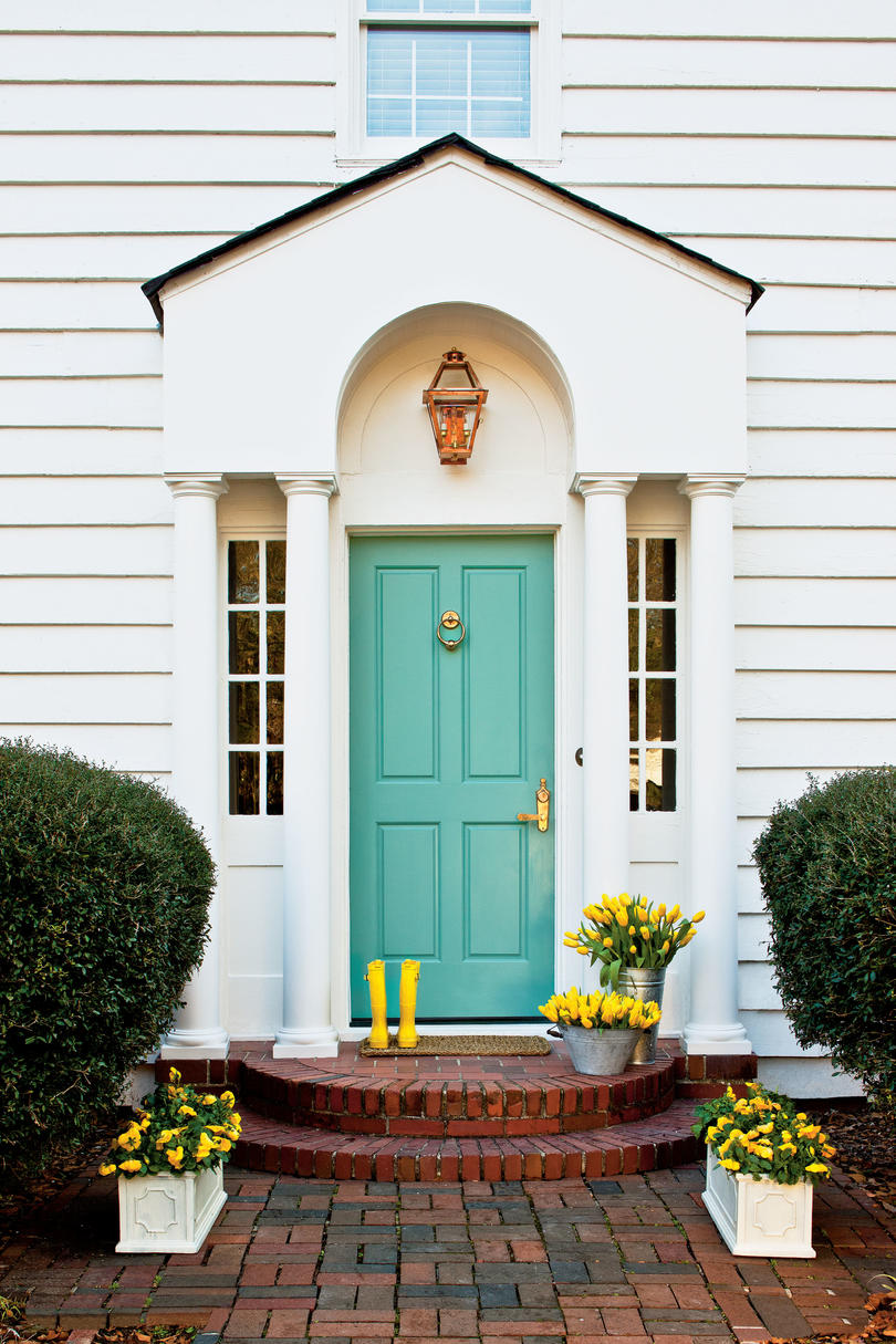 Turquoise Door & Spring Front Door Paint Ideas That Will Give Your Exterior An ... pezcame.com