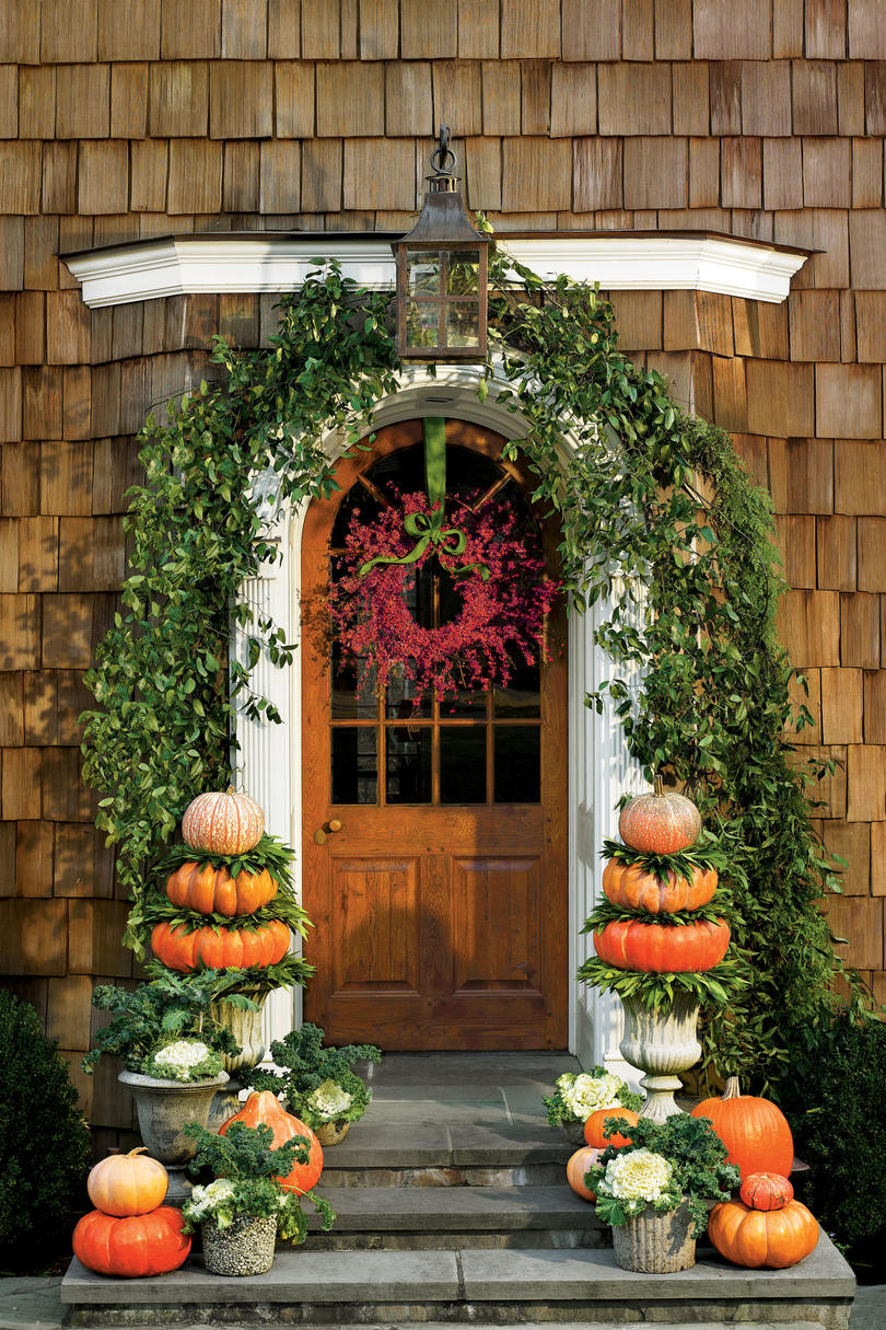 30 Fall Porch Decorating Ideas Top 10 Pro Decorating Tips: Outdoor Decorations For Fall