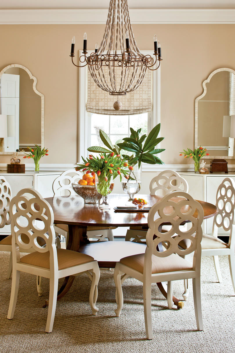 A Large Round Table In A Square Dining Room Makes Conversations Easier And  Most Have Leaves