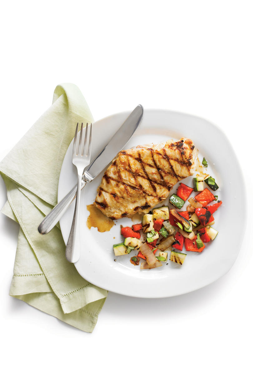 Grilled chicken and Garden Salsa
