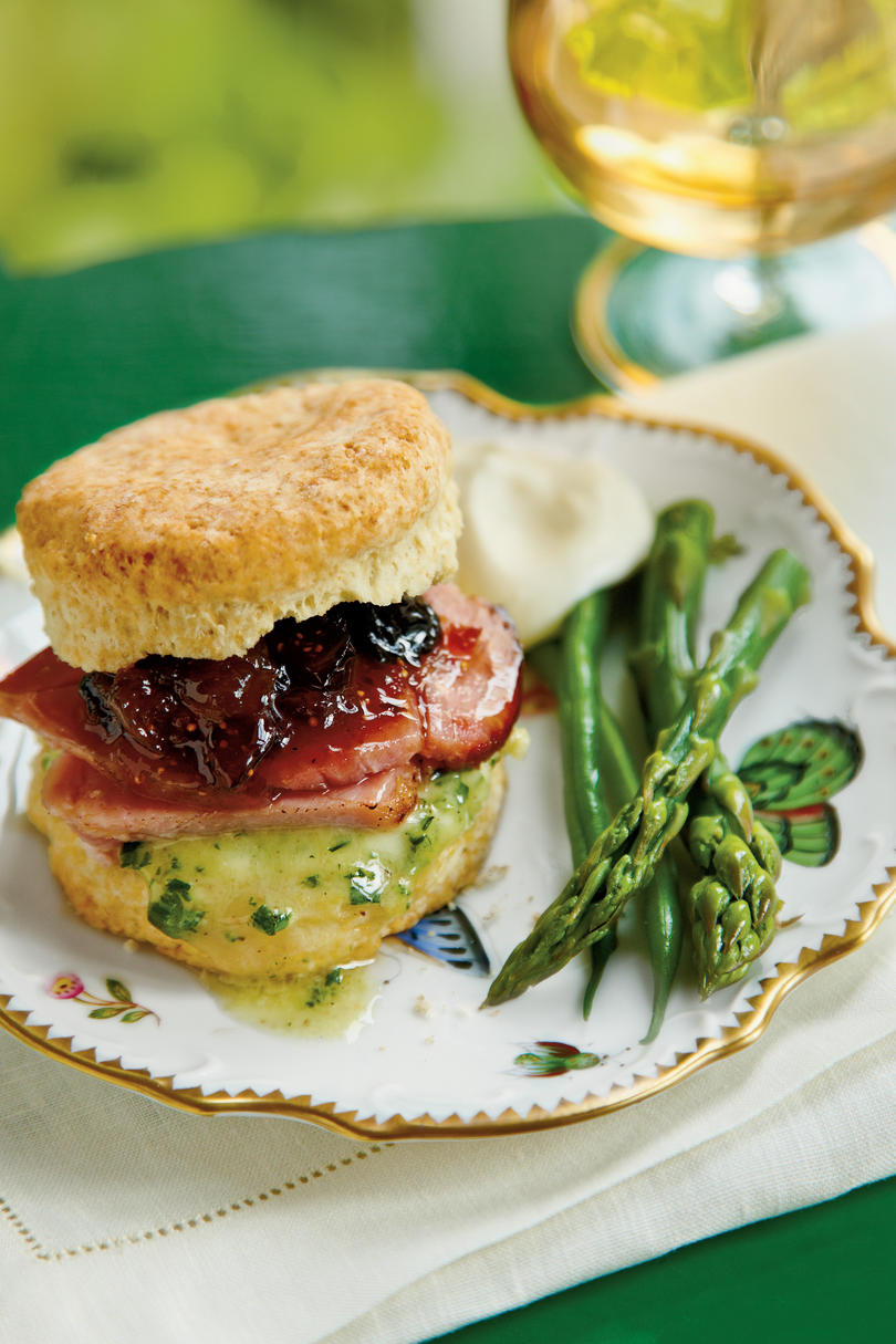 Virginia: Ham Biscuit Sandwich