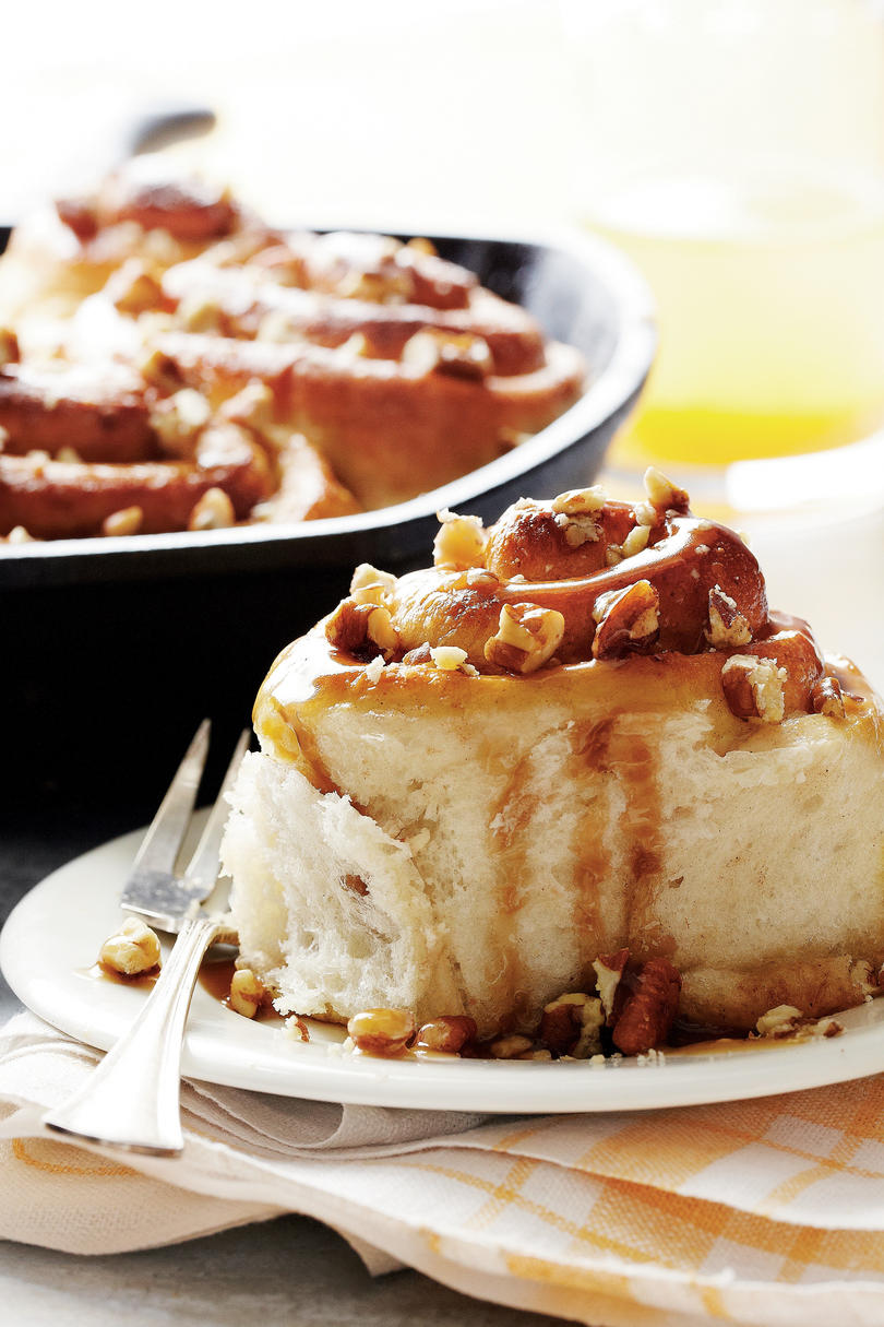 Maple-Pecan Sticky Buns Recipe
