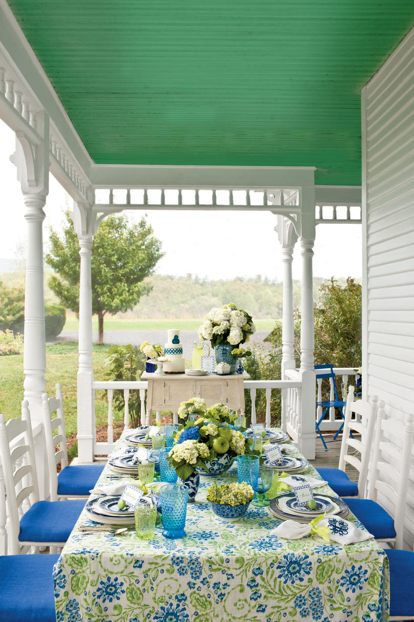 A Fresh, Fun Outdoor Luncheon