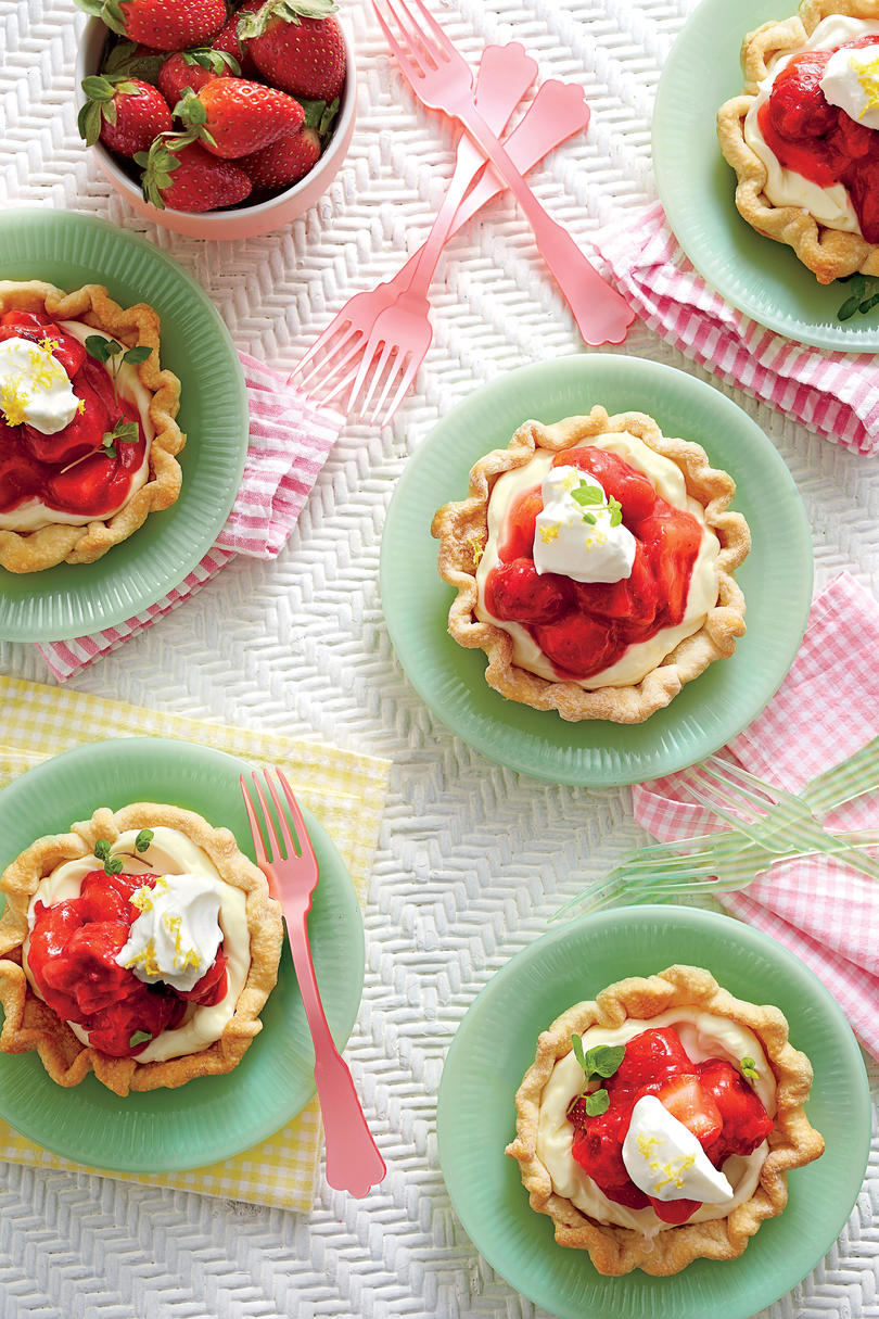 Mile-High Mini Strawberry Pies
