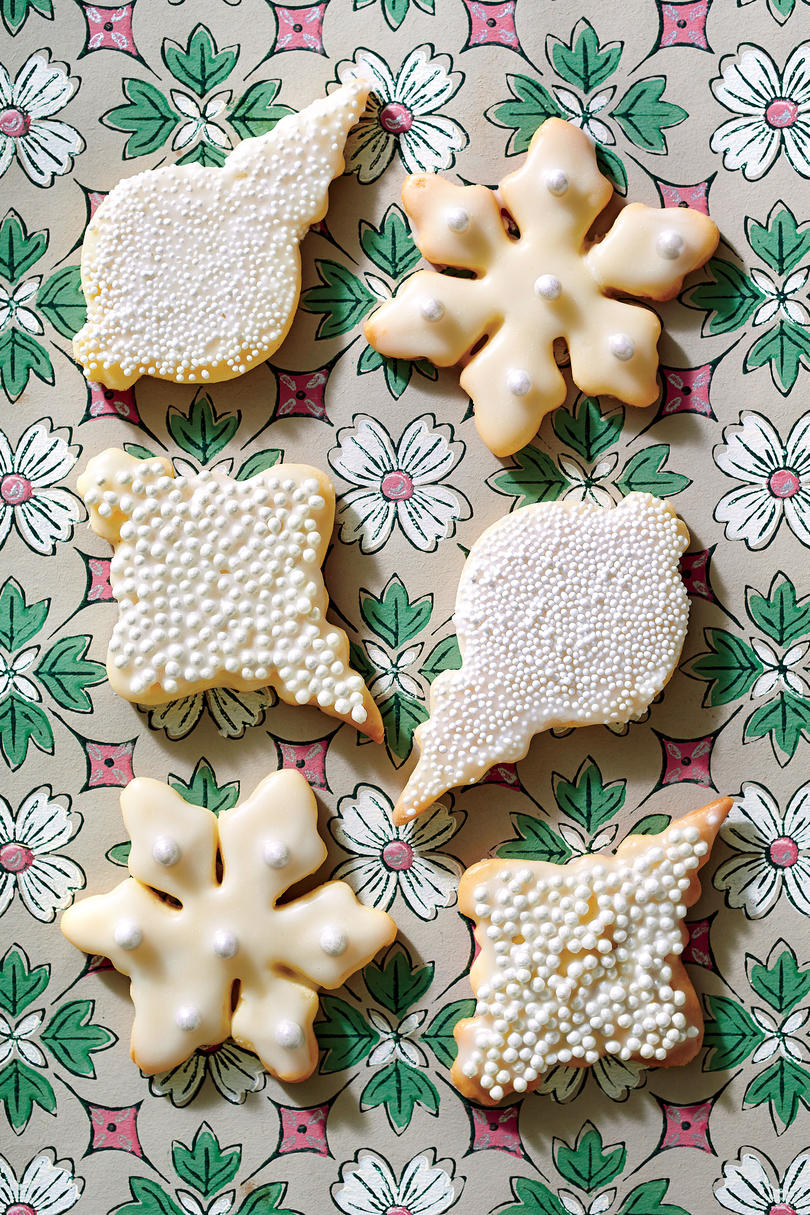 40+ Easy Christmas Cookie Recipe Ideas & Decorations - Southern Living