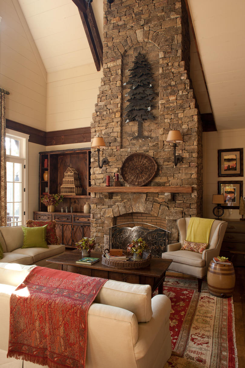 106 living room decorating ideas southern living - Family room wall ideas ...