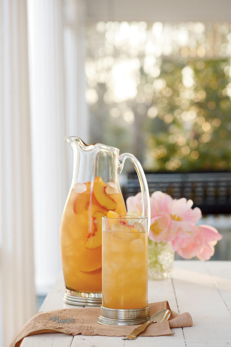 Governoru0027s Mansion Summer Peach Tea Punch