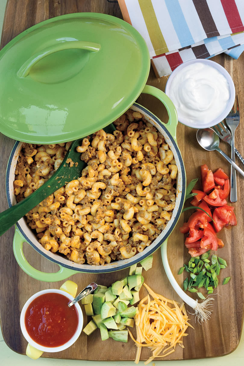 RX_1804_Sunday Dinner Ideas With Ground Beef_Taco Dinner Mac and Cheese