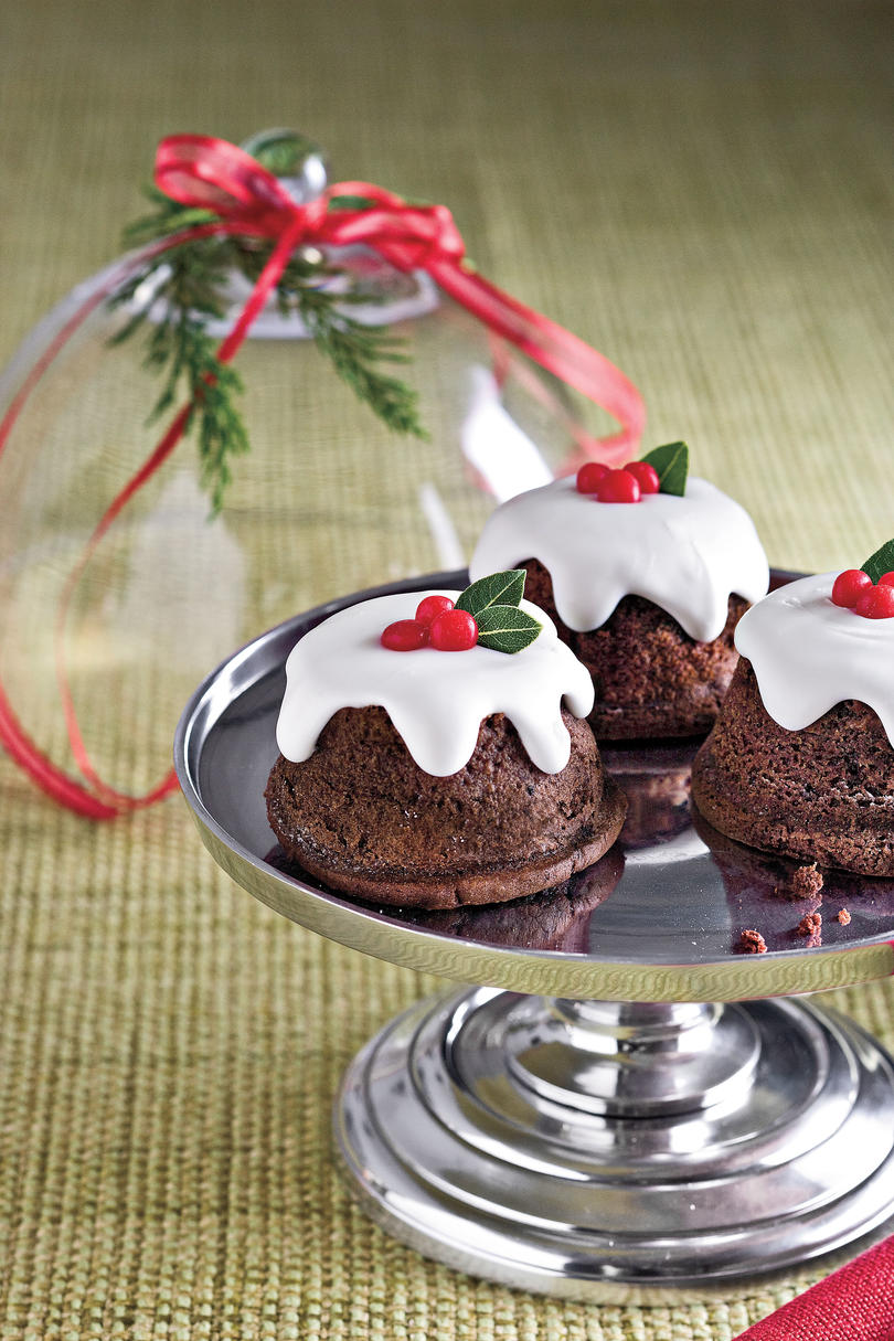 Snowy Chocolate Baby Cakes
