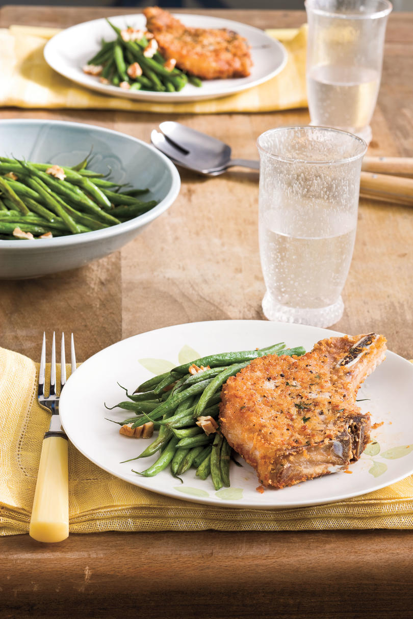 Fall Recipes: Pork Chops With Roasted Green Beans and Pecans