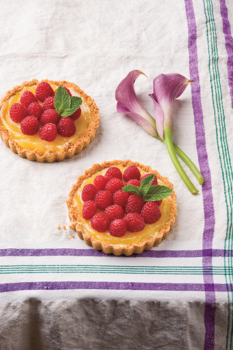 Entertaining Desserts: Lemon-Almond Tarts