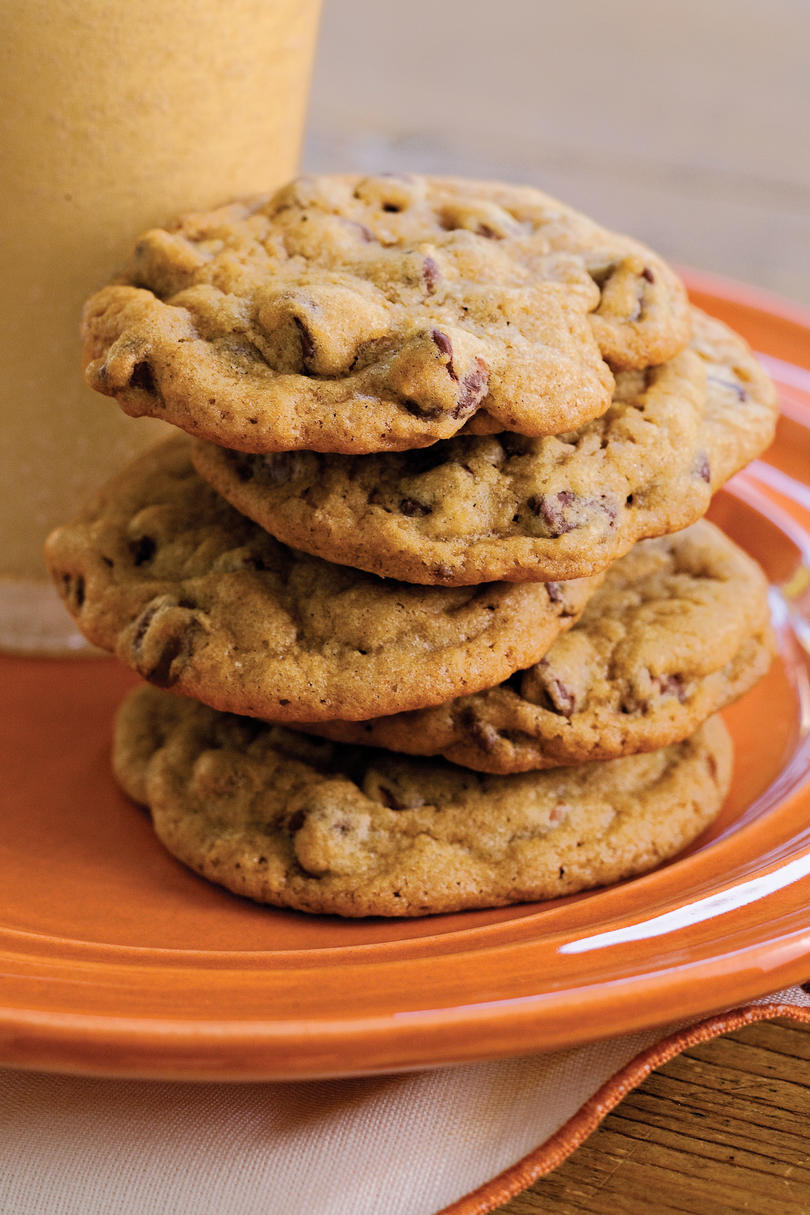 RX_1903 Recipes Your Grandmother Always Had on the Table_Chewy Chocolate Chip Cookies
