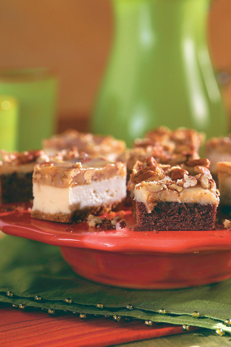 Caramel-Pecan Cheesecake Bars