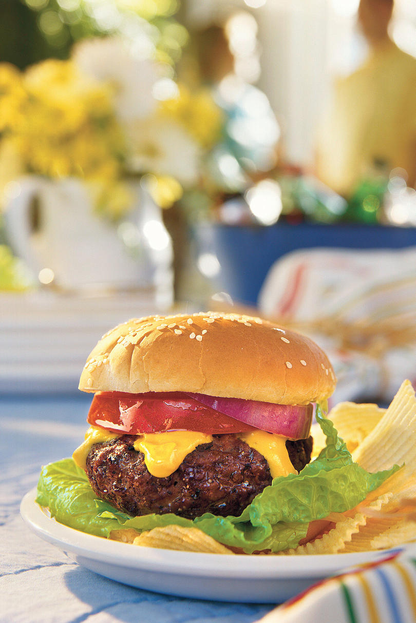 Grilled Burgers and Sanwiches Recipes: Spicy Cheddar-Stuffed Burgers