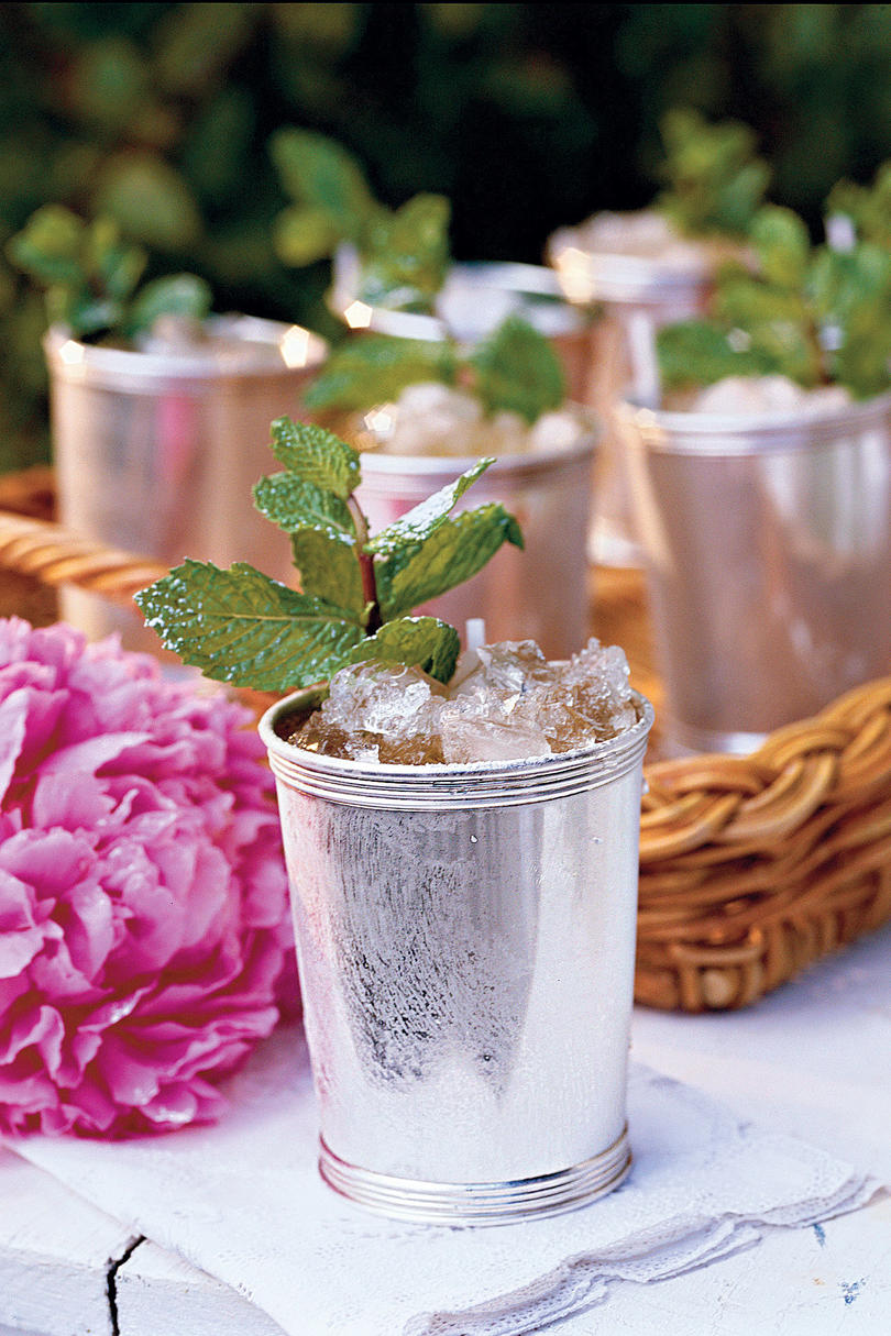 Mint Juleps at The Brown hotel