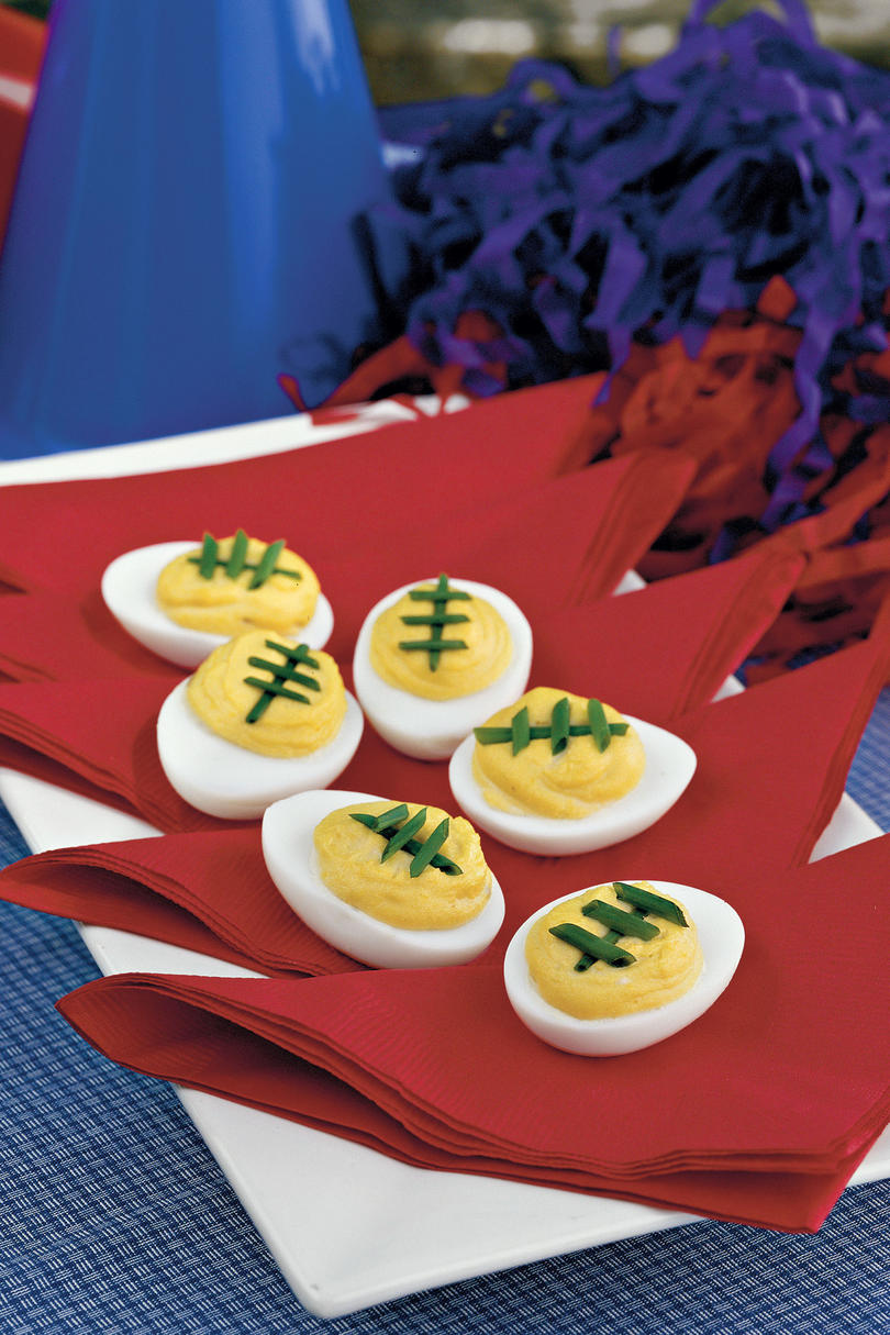 RX_1709 Game Day Appetizers Spicy-Sweet Deviled Eggs