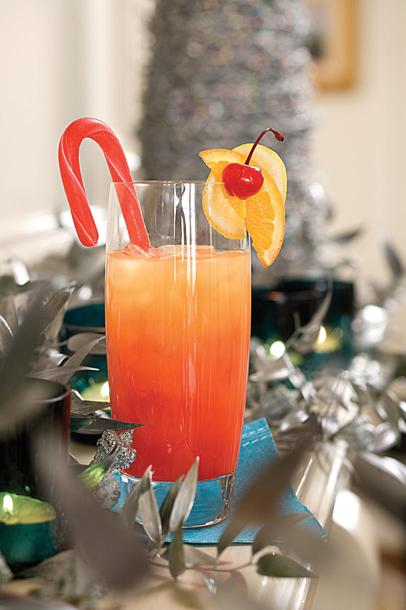 40 Holiday Cocktails Amp Drinks Christmas Cocktail