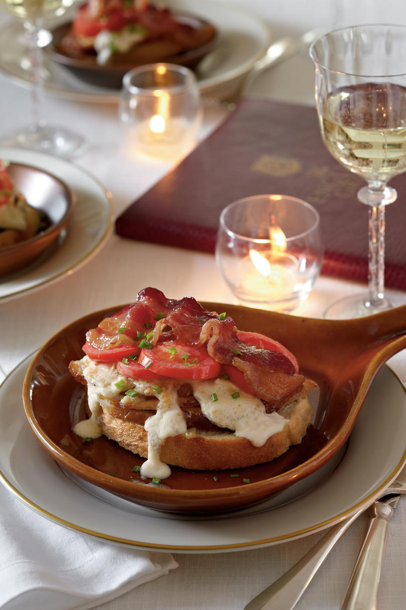 Kentucky derby recipes southern living kentucky hot browns forumfinder Image collections