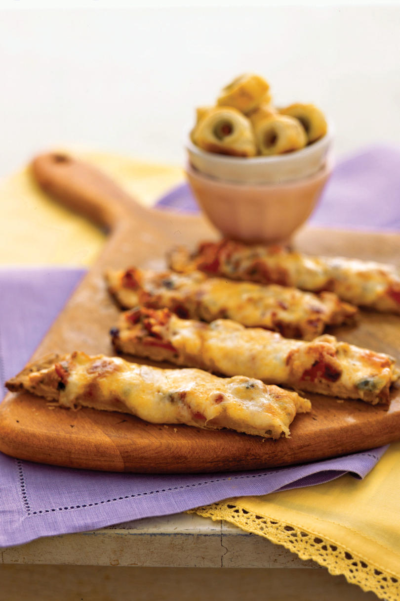 Quick and easy appetizer recipes southern living pizza stick appetizer recipes forumfinder Image collections